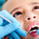 Igiena dentara si vizita la stomatolog duc la un zambet deosebit