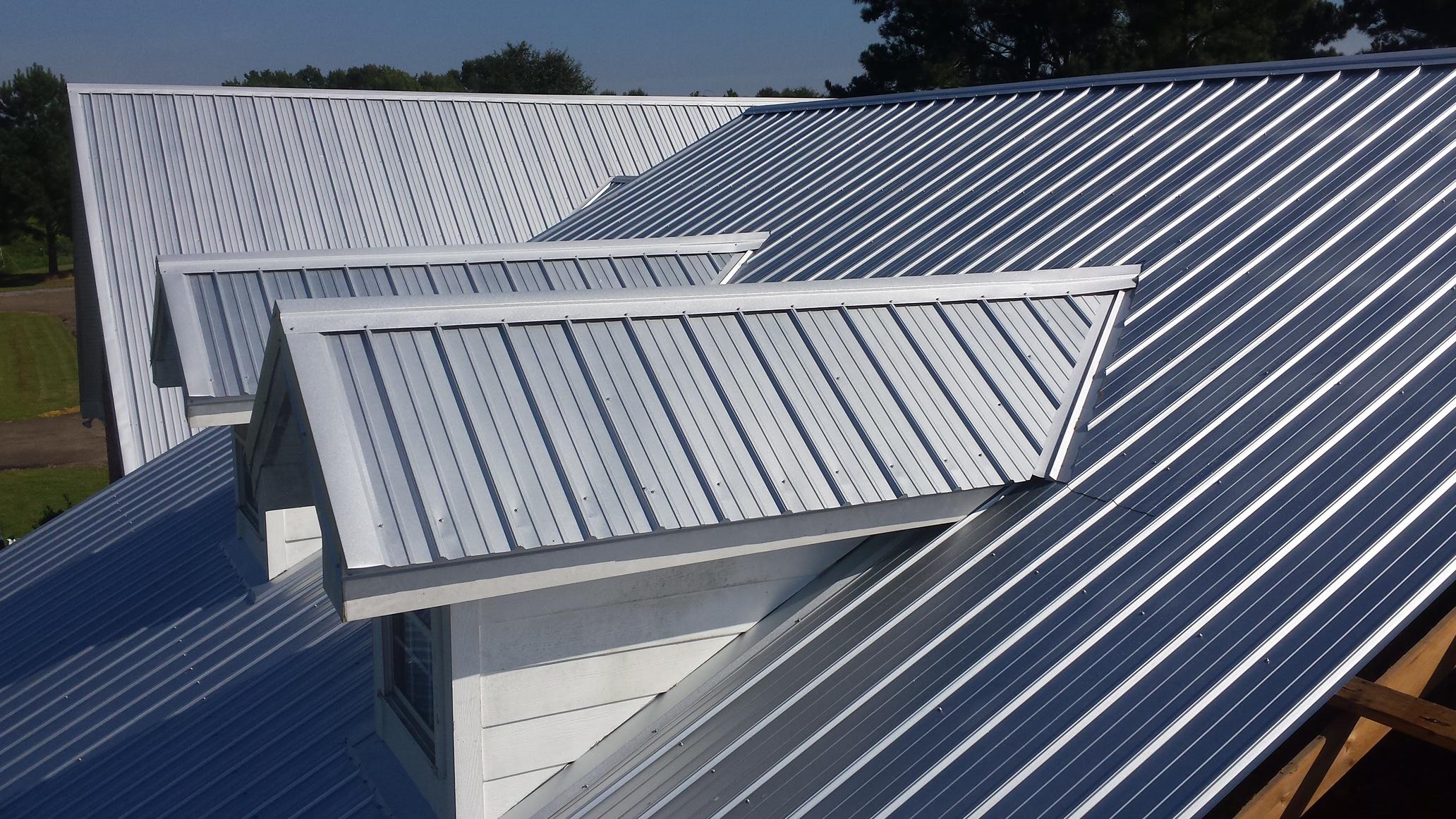 Ce tip de acoperis sa alegem pentru casa? Tigla ceramica sau tabla?
