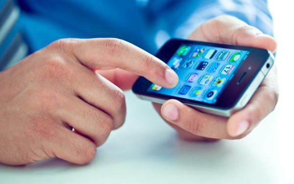 Vinde smartphone-ul vechi la o casa de amanet pentru a obtine bani rapid