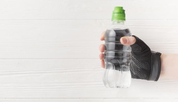 De-ce-se-recomanda-apa-alcalina