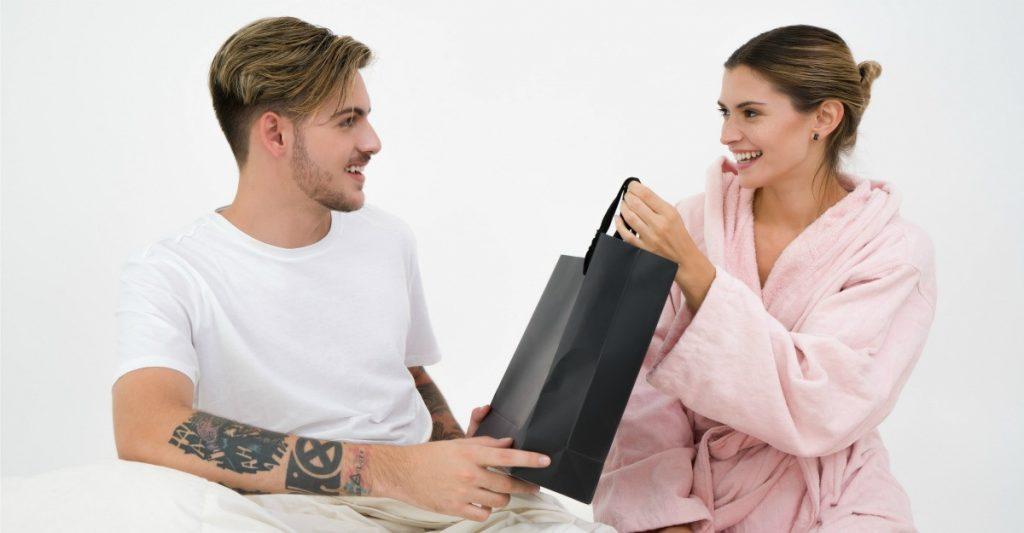 Cum alegi un cadou pentru barbati?